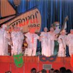 1996.- Carnavaleros de Porcelana – Elena Cruz Gutiérrez