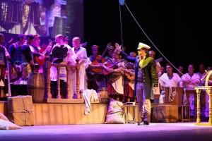 Enrique Miranda y el Coro de Luis Rivero .- La Corte