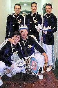 Los Reyes del Mundo - Tipo