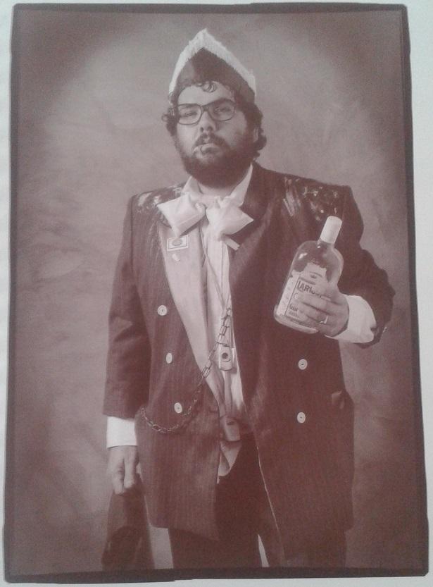 Manuel Cornejo - Don Adolfo - Una chirigota con clase